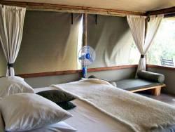 lux-camp008
